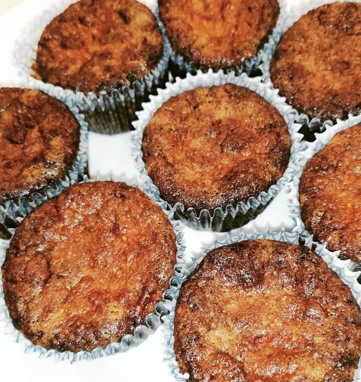 Almás-fahéjas muffin mandulalisztből