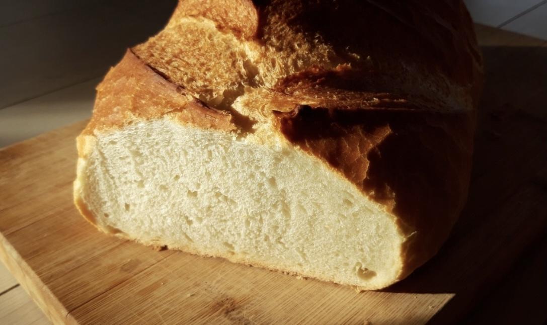 Fehèr kenyér